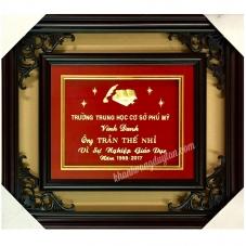 Khánh vàng Nhà giáo Quà tặng vinh danh