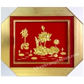 Khánh vàng chữ Tâm Phật và hoa sen