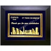 Khánh vàng quà tặng cho công ty đối tác